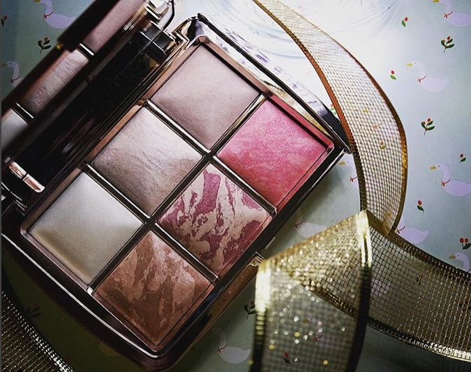 Hourglass Ambient Lighting Powder Palette Edit Volume 3 Review